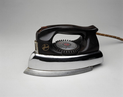 'Hoover' steam iron, 1953.