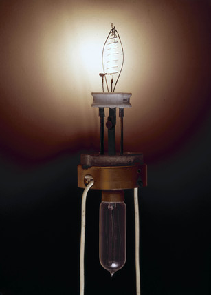 Nernst lamp (on), c 1900.