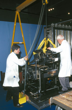 Asembling Babbage's Difference Engine No 2, February 2000.