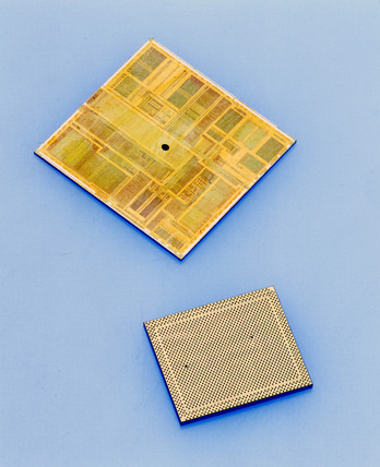 Dies from which Intel Pentium procesors are cast, 1990s.