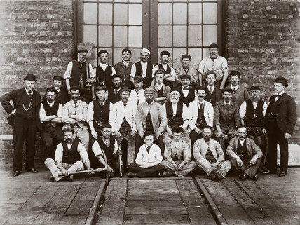 Repair workers, Wellingborough, Northamptonshire, 1890s.
