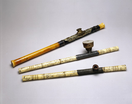 Three ivory opium pipes, Chinese, 19th century.