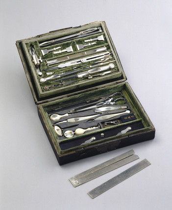 Case of Silver and horn drawing instruments, 1764.