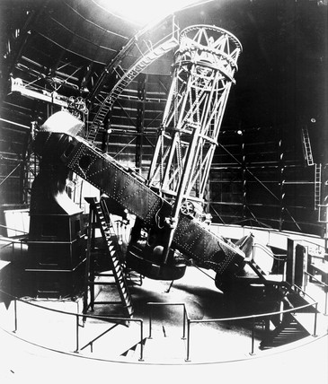 The complete Hooker Telescope at Mount Wilson, California, c 1917.