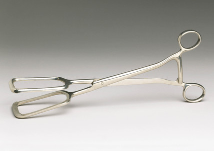 Basil Hall's ovariotomy clamp, 1910-1920.