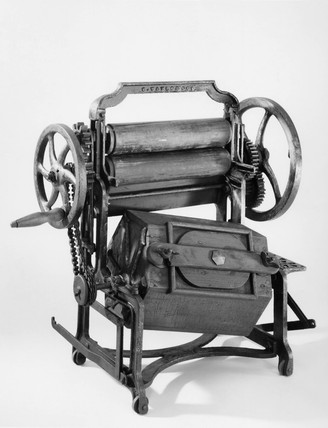Model washing and wringing machine, c 1870.