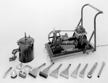 Booth's trolley vacuum cleaner, 1906.