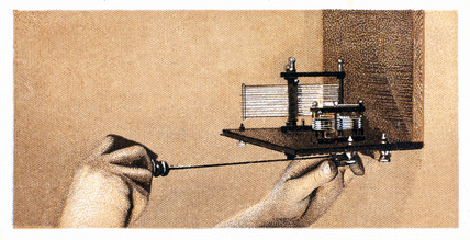 'How to build a two valve set', No 7, Godfrey Philips cigarette card, 1925.