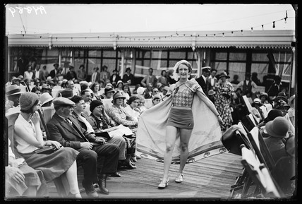 Fashion show on Southend pier, 1932.