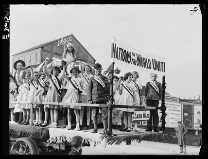 Young people on a float in a May Day parade, 3 May 1935.