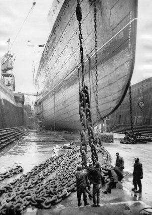 TS 'Queen Mary' in dry dock, Southampton, 6 January 1966.