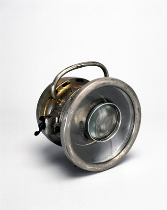 Lucas acetylene motor car headlamp, 1905.