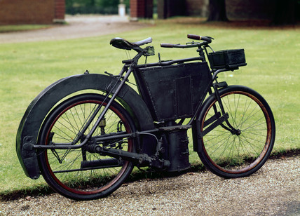 Hildebrand 1.5 hp steam motorcycle, 1889.
