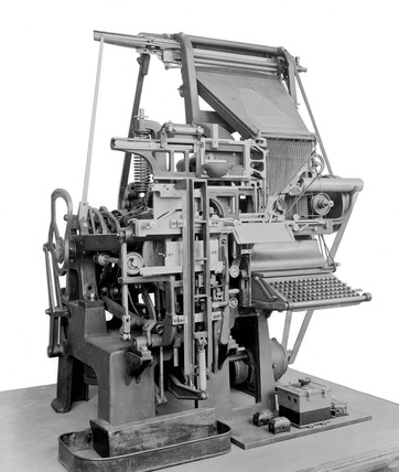 Early model linotype typesetter, c 1915.