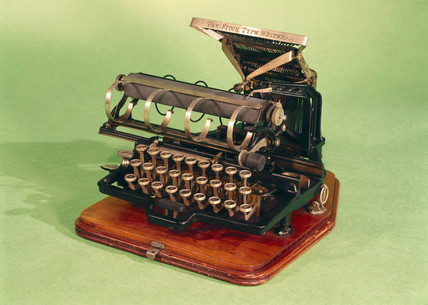 Fitch typewriter No 3287, 1886.