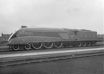 'Union of South Africa' Locomotive No 4488 A4 Class, 22 June 1937.
