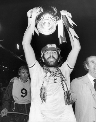 Ricky Villa with FA trophy, 1981.