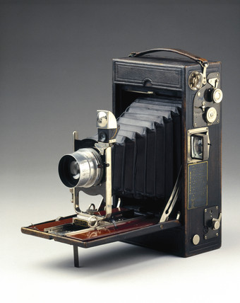 Kodak 4A Speed Camera, 1908-1913.