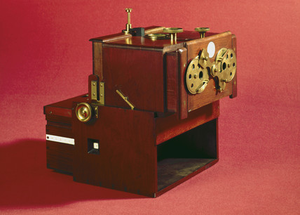 Stereoscopic camera, 1856  by Science Museum Photo Studio at