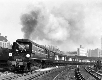 'Golden Arrow' leaving Victoria Station, London, c 1947.