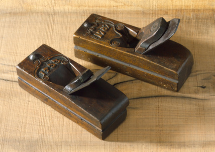 Two moulding planes, European, 18th century.