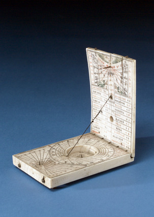 Ivory diptych sundial, 1700.