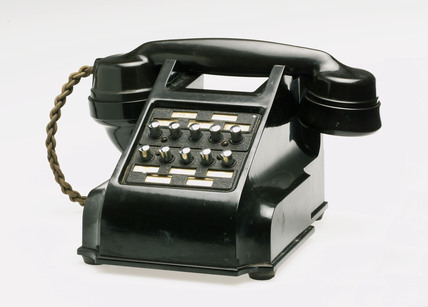 Intercommunicating telephone with ten selector buttons, 1950.