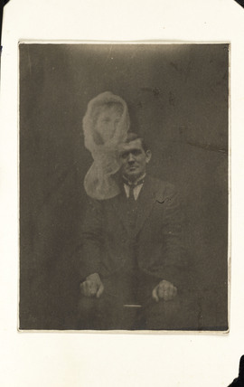 Joe Thomas and unidentified 'spirit', c 1920.
