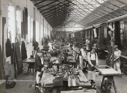 Carriage repairing at Doncaster works, South Yorkshire, c 1916.
