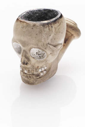 Tobacco pipe in the form of a skull, French, 1845-1900.