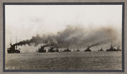 Battle fleet at sea, c 1916.