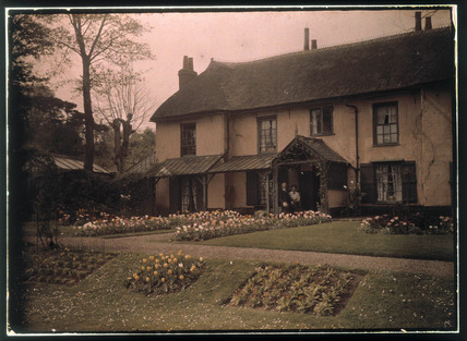 Autochrome of Green Cottage, Starcross, Devon, c 1913.
