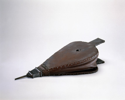 Reconstruction of bellows, 16th century.