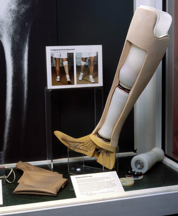 Orthopaedic display, Science Museum, London, 1985.