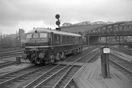 Metrovick gas turbine no. 18100 'Bristolian', at Bristol Temple Meads, 31st May 1952.