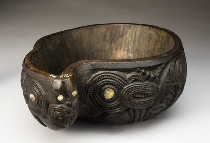 Wooden placenta bowl, Maori, New Zealand,1890-1925