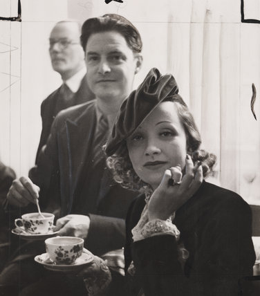 Marlene Dietrich Having Tea With Robert Donat 1936 At Science And Society Picture Library