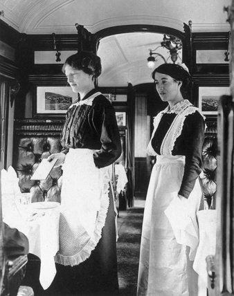 Two female dining car attendants, Great Western Railways, WWI.