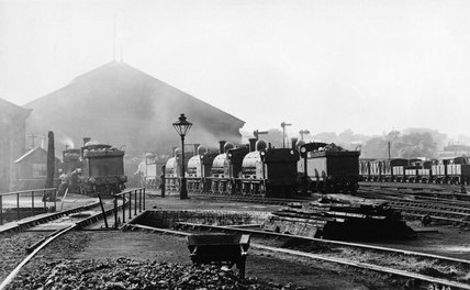 Locomotives at Camden, about 1900.