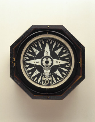 Admiralty steering compas, mid 19th century.