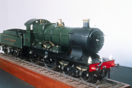 'City of Truro' 4-4-0 steam locomotive, no 3440, 1903.