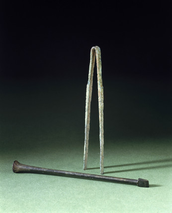 Roman forceps and cautery instrument, 100 BC-400 AD.
