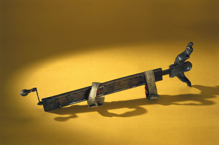 Traction apparatus, probably from 16th century Italy.