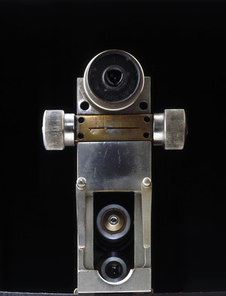 Hand-held microscope, 1930s.