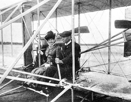Madame Hart Berg and American aviator Wilbur Wright, c 1910.