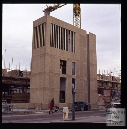 Snowdon. The ventilation shaft outside the Beaufort (now Hilton) Hotel, Bath 1972