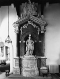 Saint Michael's Church;Monument to Robert Bertie, 1st Duke of Ancaster and Kesteven