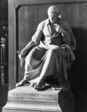 Statue of Jean Dominique Cassini