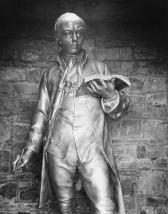 Statue of Oliver Goldsmith