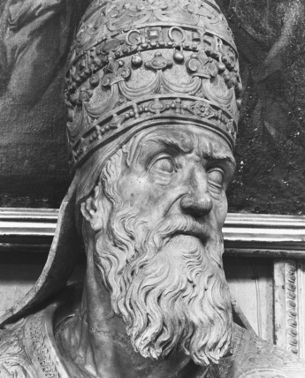 Santa Maria in Aracoeli;Statue of Gregory XIII